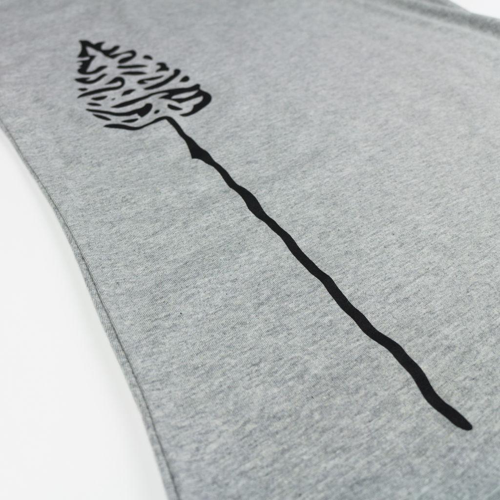 Nåletre T-shirt Detail